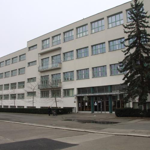 Škola na náměstí Jiříko z Lobkovic - Praha 3
